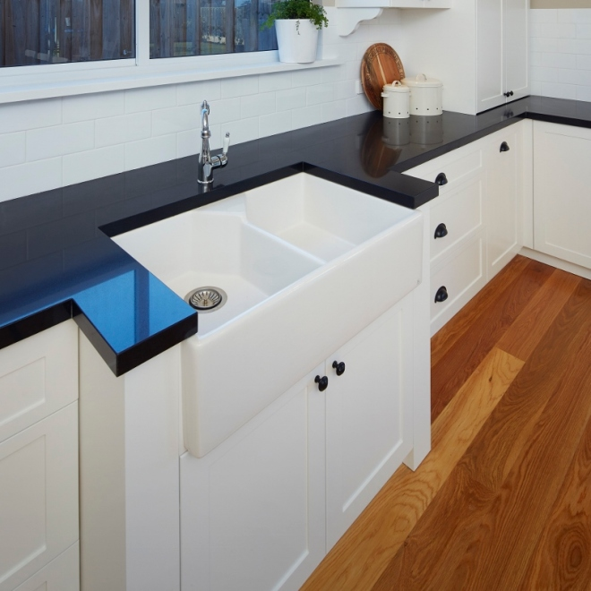 Butler sink, dishwasher in island end opposite